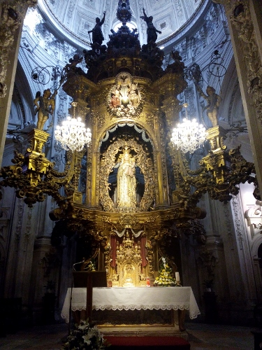 Virgen dos Ollos Grande