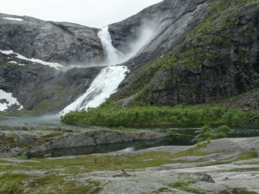 Sotefossen, which lies 900 m asl...