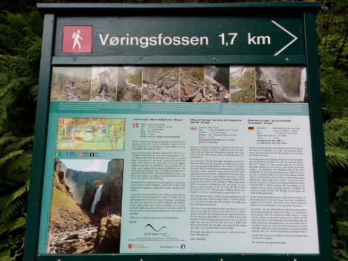 Hiking guide to Voringsfossen