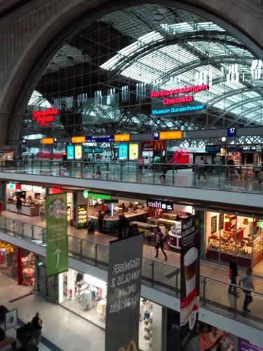 Central Station shopping center